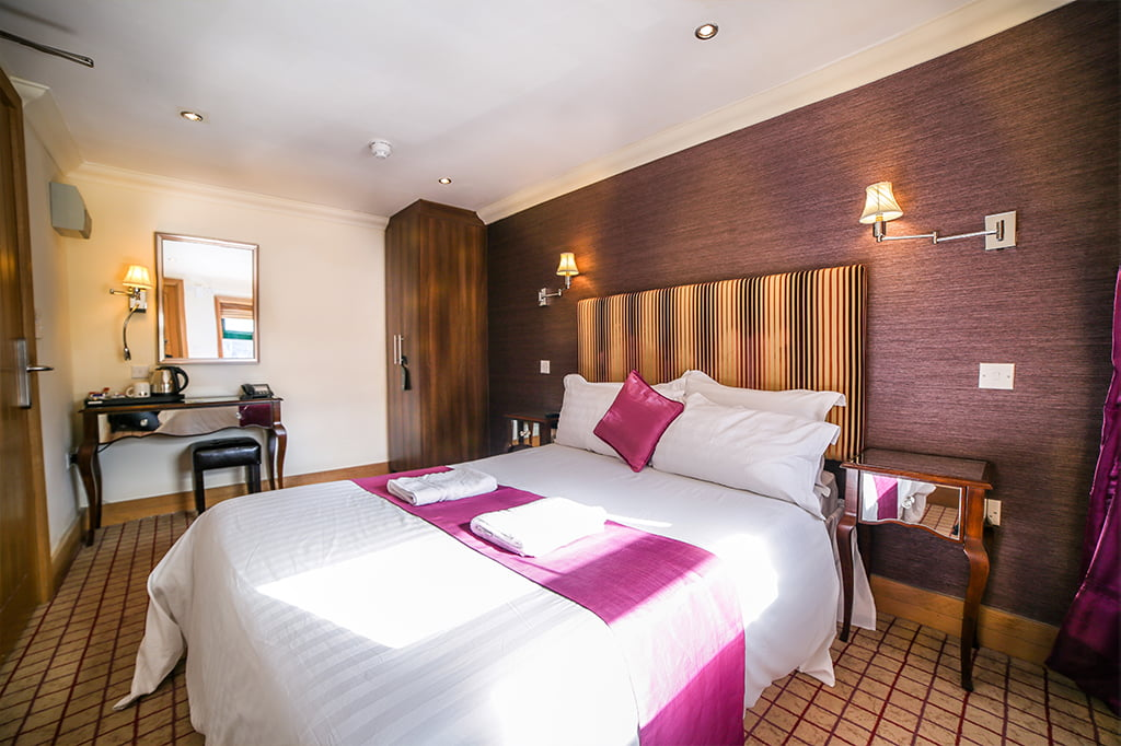 Newcastle Jesmond Hotel room available through Online Booking